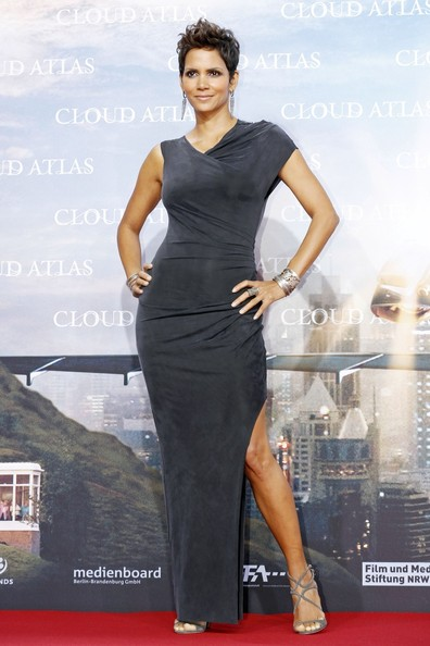 "Halle Berry - Tom Hanks at the ""Cloud Atlas"" red carpet premiere in Berlin"