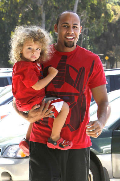 baskett singles & personals Interracial dating site for singles blackwomen-whitemen is an black white dating services and personals site kendra wilkinson and husband hank baskett also.