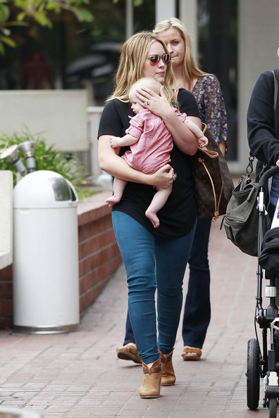 Hilary Duff - Hilary Duff Shops in Santa Monica