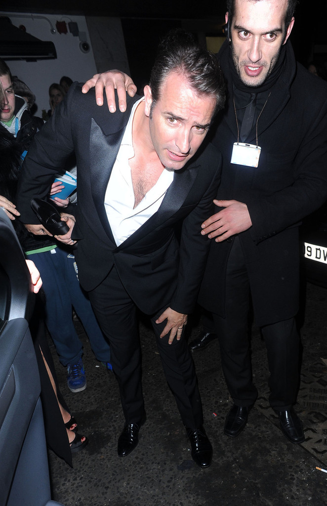 Jean dujardin photos photos celebs at the bafta for Jean dujardin bafta