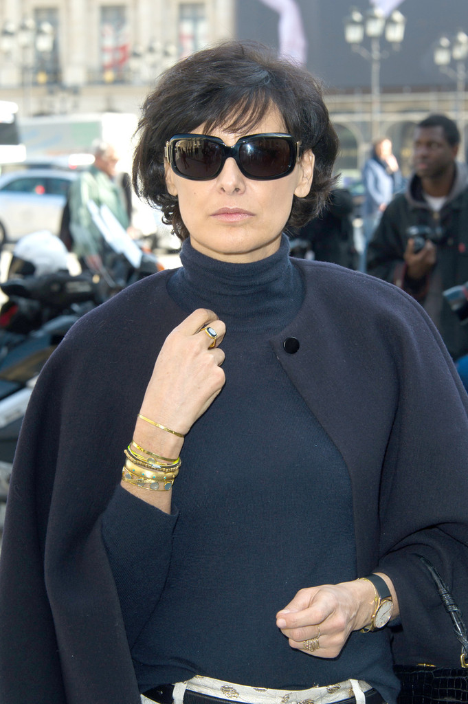 ines de la fressange in giambattista valli fashion show arrivals zimbio. Black Bedroom Furniture Sets. Home Design Ideas