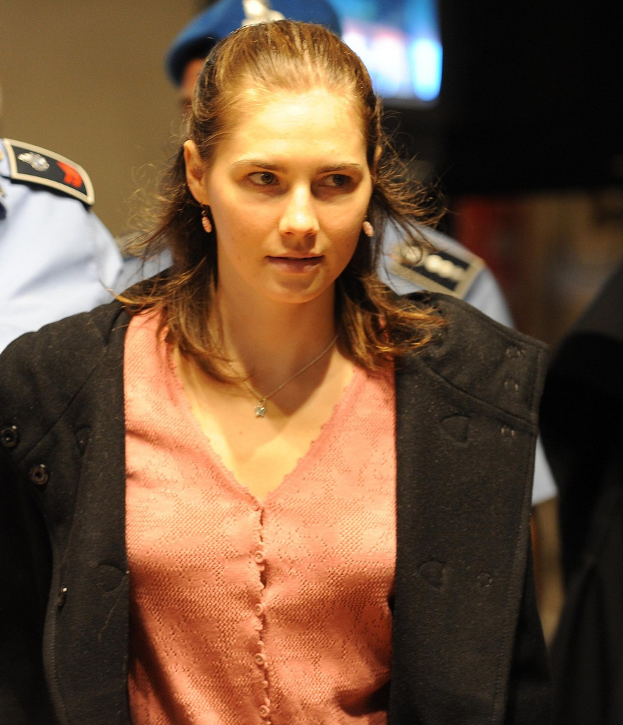 amanda knox trial The body of 21-year-old meredith kercher is found in a pool of blood in the apartment she shared with amanda knox in perugia, central italy investigators say she died from a stab wound to the neck.