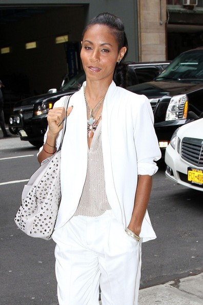 http://www3.pictures.zimbio.com/pc/Jada+Pinkett+Smith+Jada+Pinket+Smith+NYC+1fO27UE6s3Fl.jpg