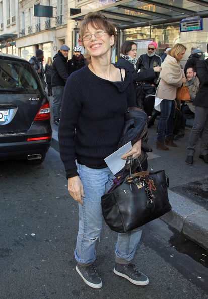 de040c2dce5e Jane Birkin Photos Photos - Jane Birkin at the Hermes Fashion Show ...
