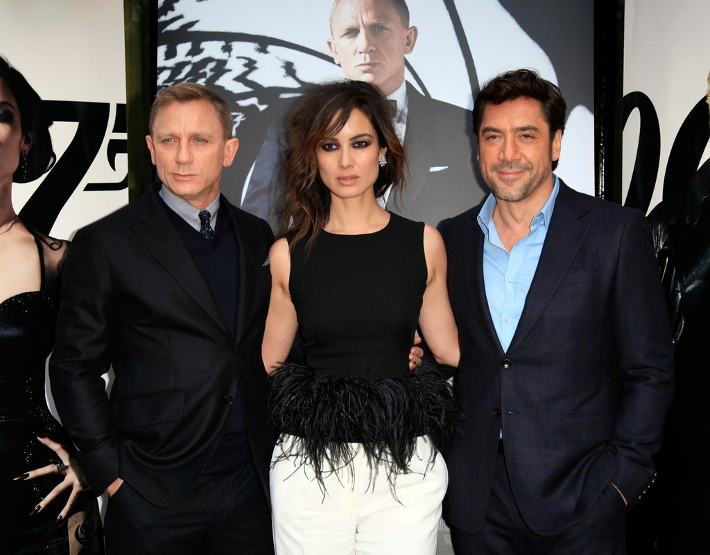 'Skyfall' Stars In Paris