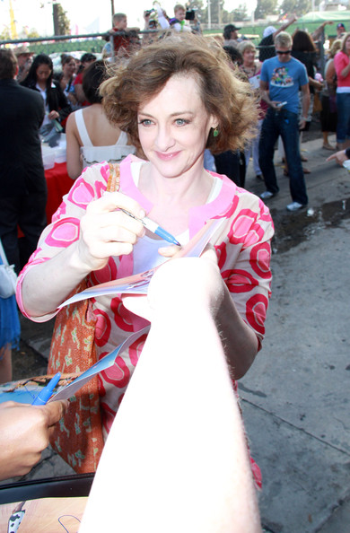 Joan Cusack - Wallpaper Actress