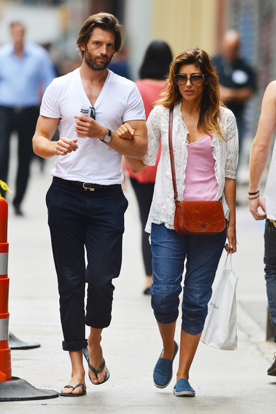 Jennifer Esposito and fiance
