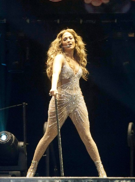 Jennifer lopez photos jennifer lopez performs live Where does jennifer lopez live