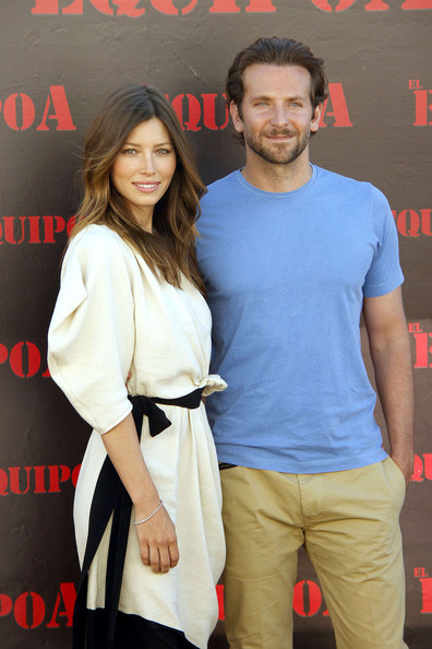 Jessica Biel and Bradley Cooper in Madrid []