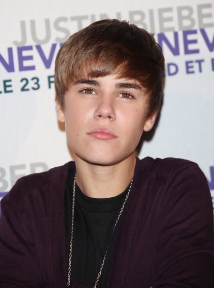 justin bieber 2011 haircut pictures. justin bieber 2011 haircut.