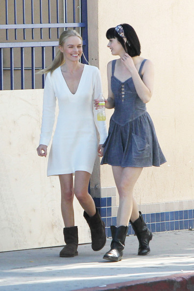 Photo of Krysten Ritter & her friend  Kate Bosworth