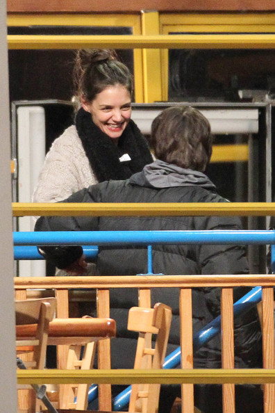 "Katie Holmes Thursday 3 March 2011..Katie Holmes embraces hubby Tom Cruise on the set of ""Mission Impossible 4"" in Vancouver."
