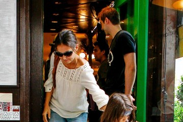 Katie Holmes Tom Cruise Katie Holmes and Suri at the Children's Museum of the Arts