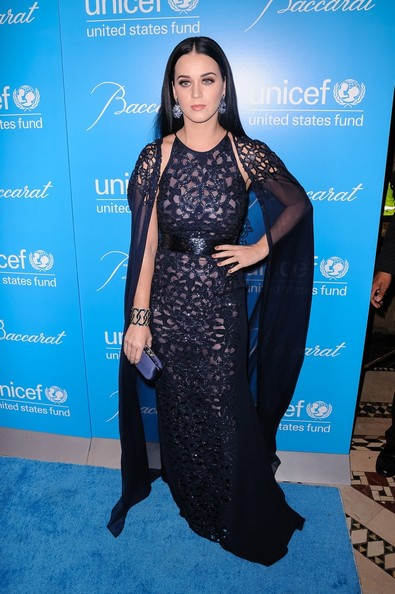 Katy Perry - Stars at the UNICEF Snowflake Ball