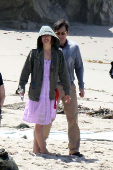 "Keira Knightley and Steve Carrell continue work on their upcoming film ""Seeking a Friend For the End of the World"". While on set, Knightley was spotted being visited by her indie rocker boyfriend James Righton."