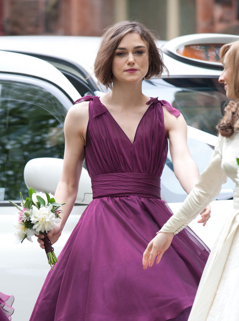 Keira knightly at her brother 39 s wedding in glasgow for Dress for my brothers wedding