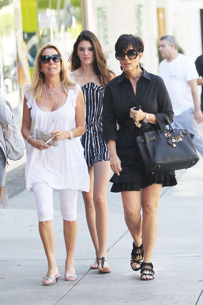 Kendall Jenner Kris Jenner and former talk show host Kathie Lee Gifford shop at Kitson with Kris' daughter Kendall. The trio did a bit of shopping before leaving in Kris' white Mercedes G-Wagon on Robertson Blvd.