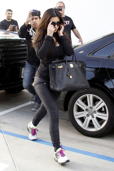 82a38f33f Kim Kardashian Photos Photos - Kim Kardashian Heads to a Nail Salon ...