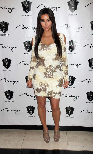 Kim Kardashian - Rob Kardashian's Birthday Party at 1 Oak