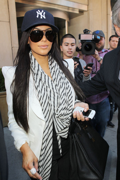 Kim Kardashian in Kourtney Kardashian Leaves a Hotel in NY - Zimbio 52632083629