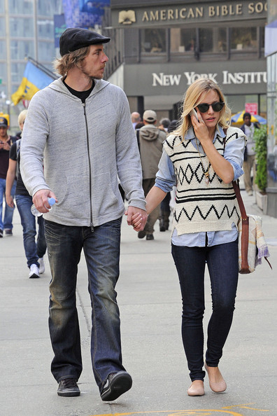 Dax Shepard and Kristen Bell - Dax Shepherd and Kristen Bell on the Upper .