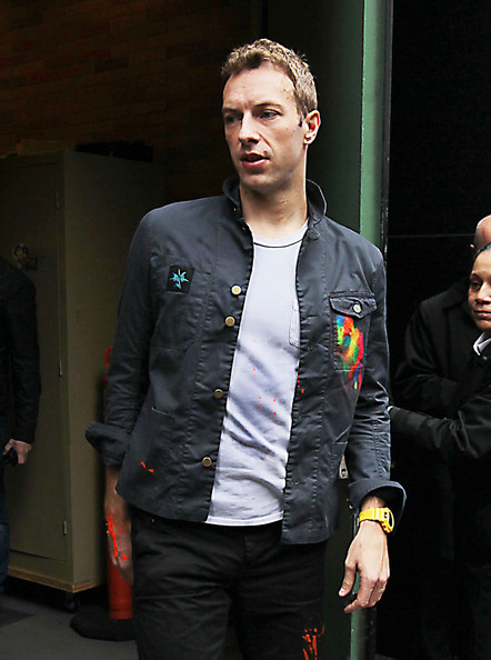 Chris Martin Dakota Johnson What We Know About Couple