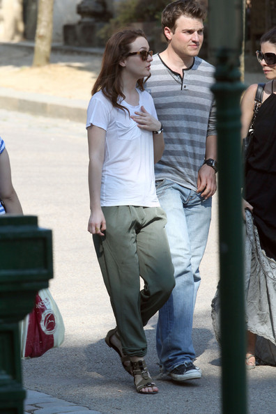 "Leighton Meester Leighton Meester is seen having a stretch after taking a walk in the Pere Lachaise cemetery in Paris. Leighton is currently in Paris filming the upcoming comedy ""Monte Carlo""."