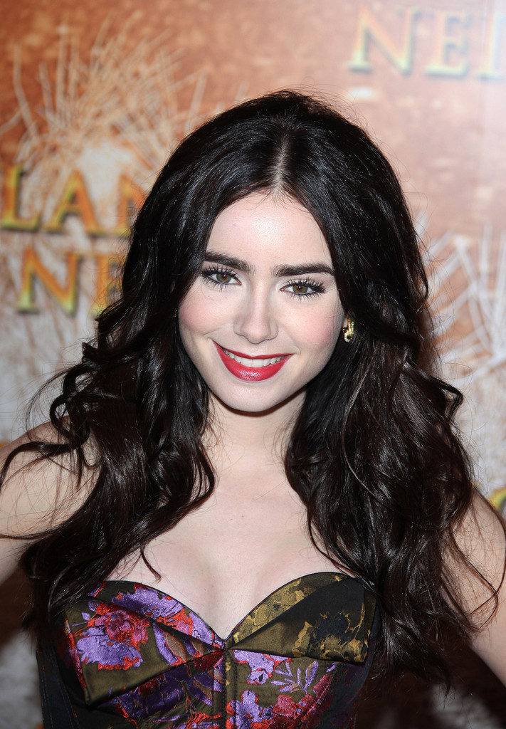 Lily Collins Photos Ph...
