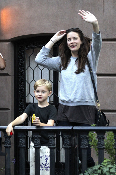 Liv Tyler Actress Liv Tyler and son Milo are seen leaving her home in New York.  Liv and son wave at photographers before leaving in a black car.