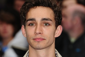robert sheehan screencaps