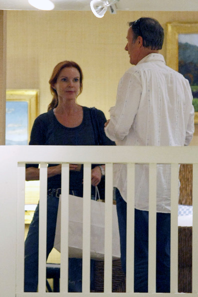 http://www3.pictures.zimbio.com/pc/Marcia+Cross+Desperate+Housewives+actress+T2EAUwlX6ral.jpg?36838PCN_Cross12