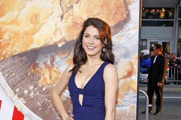 "Ali Cobrin Celebs at the ""American Reunion"" Premiere"