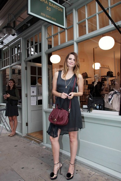 Mischa Barton Opens Her First Store!