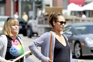 Catherine Alba Jessica Alba and Mom Go Shopping in Beverly Hills