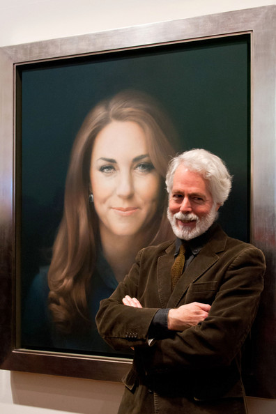 The National Portrait Gallery commissions the first official painted portrait of The Duchess of Cambridge, where it was unveiled today in London, 2 days after Kate's 31st birthday.  The Duchess was involved in the selection process, from which artist Paul Emsley, the 2007 winner of the Gallery's BP Portrait Award competition, was chosen by Director Sandy Nairne to paint her official portrait.