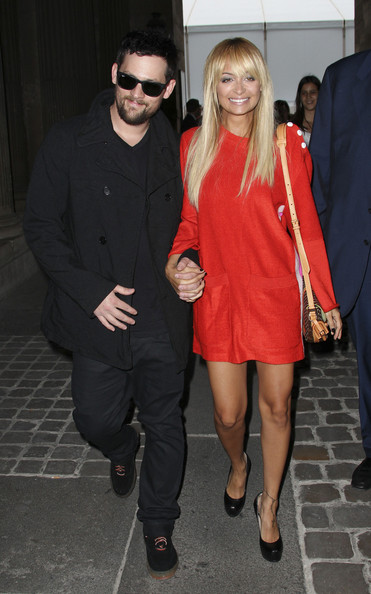 http://www3.pictures.zimbio.com/pc/Nicole+Richie+husband+Joel+Madden+attend+Louis+di_jlOlShyhl.jpg