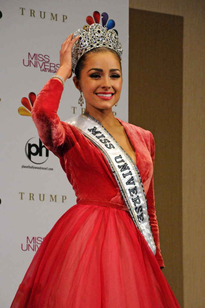 ♔ Official Thread of MISS UNIVERSE® 2012- Olivia Culpo - USA ♔ Olivia+Culpo+USA+Olivia+Culpo+crowned+Miss+nUItpDFUhOEx