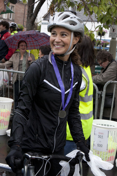 pippa middleton images. Pippa Middleton takes to her