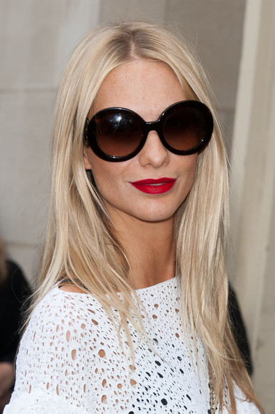 Poppy Delevingne - Celebs at the Chanel Show in Paris