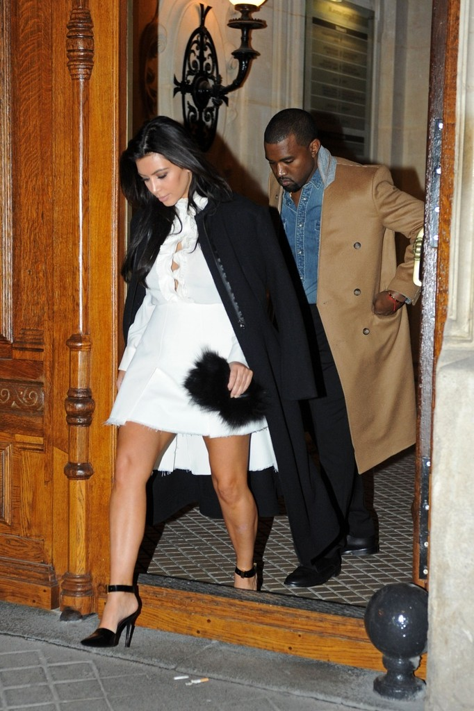 Kim+Kardashian in Kim Kardashian and Kanye West Go Shopping
