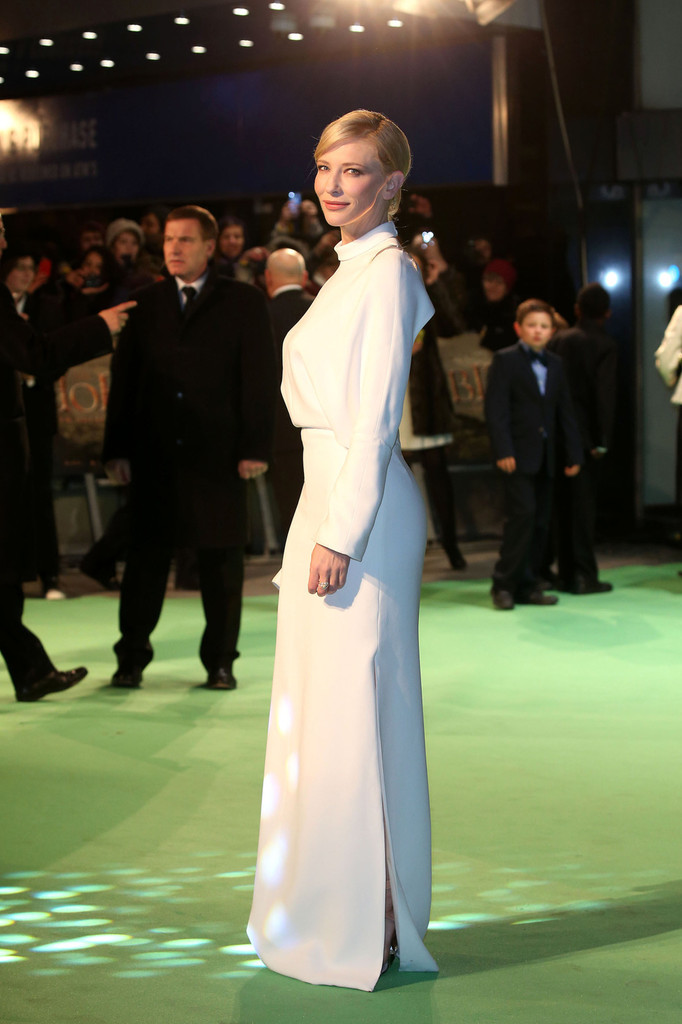 Cate Blanchett Photos Photos Celebs At The Hobbit Premiere 2 Zimbio