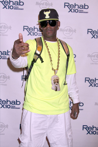 R. Kelly arrives at Rehab at the Hard Rock Hotel & Casino in Las Vegas.