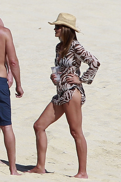 Cindy Crawford in a Bikini in Cabo | Pictures | POPSUGAR ... |Cindy Crawford Cabo