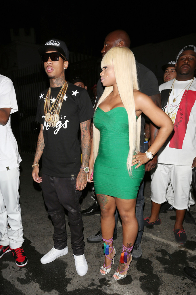 http://www3.pictures.zimbio.com/pc/Rapper+Tyga+girlfriend+Blac+Chyna+attend+Chris+XvUoM8v1rizx.jpg