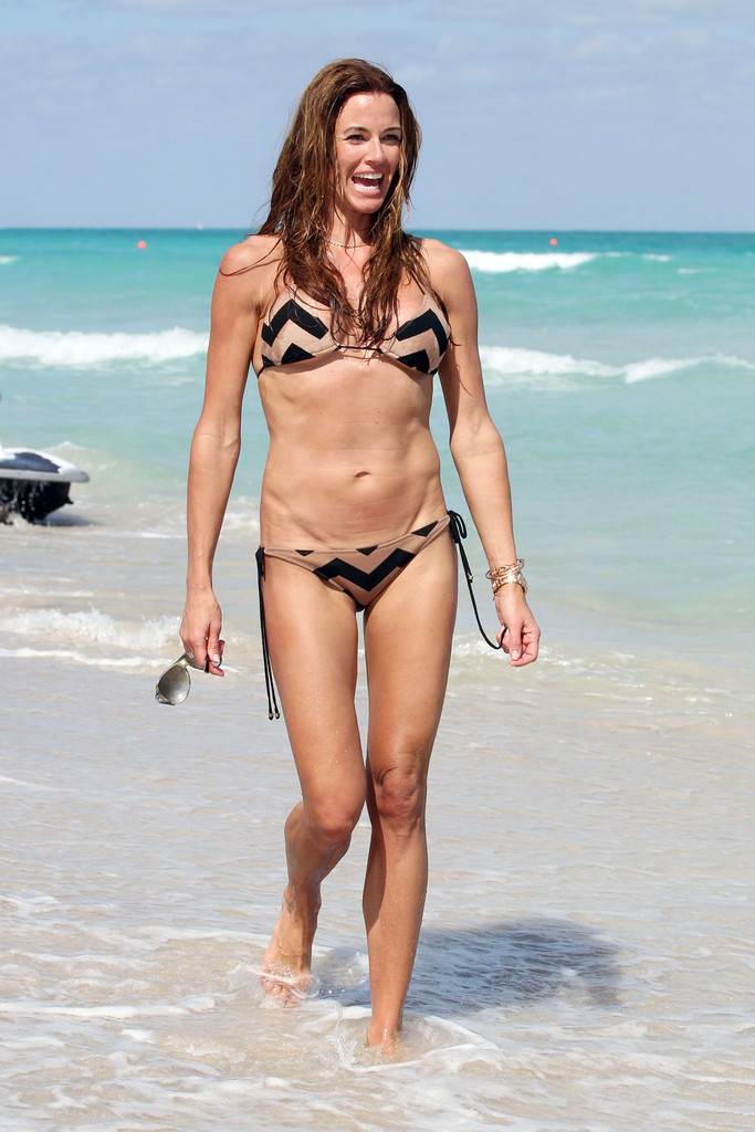 Real Housewife Kelly Bensimon In A Bikini Is Too Hot To