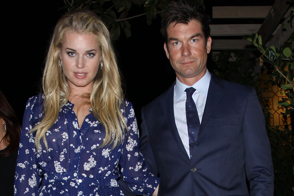 Rebecca Romijn and Jerry O'Connell Leaving the ...