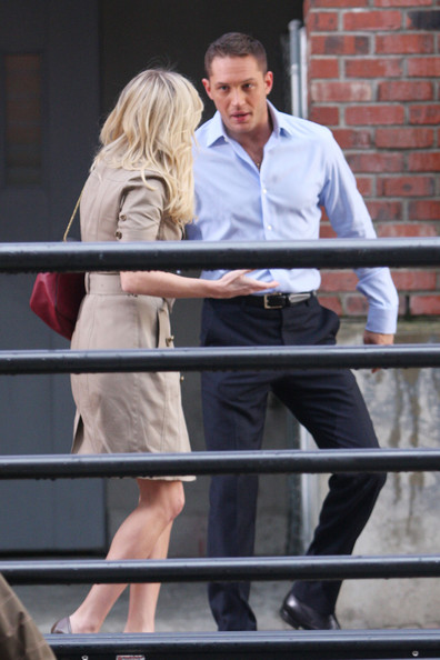 "Tom Hardy films a scene with co-star Reese Witherspoon for the upcoming McG-directed film ""This Means War."