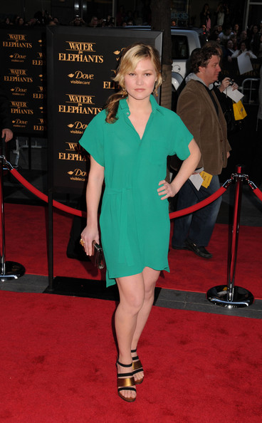 "Julia Stiles at the ""Water For Elephants"" New York premiere at the Ziegfeld Theatre in New York City."