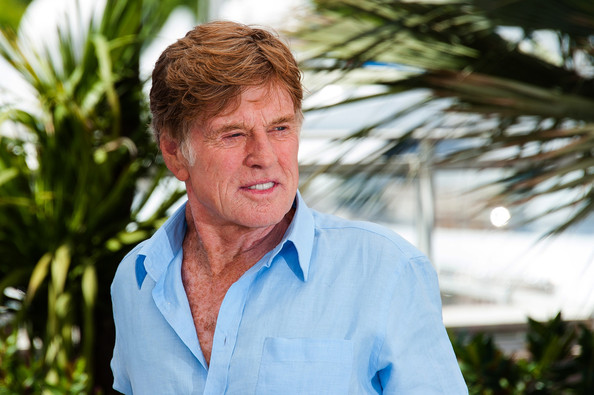 http://www3.pictures.zimbio.com/pc/Robert+Redford+Lost+Photo+Call+Cannes+qNPocHhWyKQl.jpg