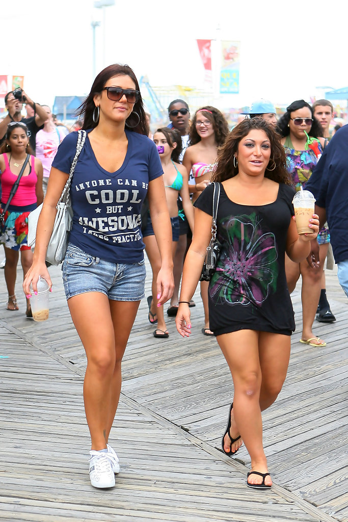 jersey shore single women I've heard a lot of stories from the jersey shore, but never one that led with 'beach umbrella on jersey shore impales 67-year-old woman' from now on, i'll be making sure my beach umbrella is definitely in the sand.